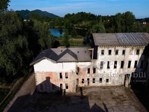 """Ca' Reale"" ex ""Villa Barbò""  in Sartirana di Merate"