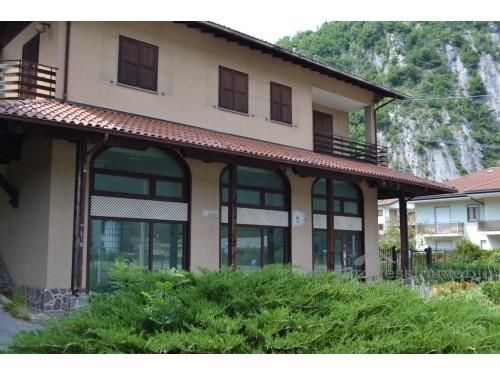 Fabbricato ad uso commerciale e residenziale in Pasturo