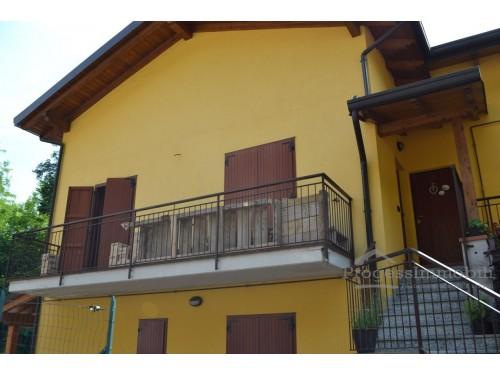 Appartamento e posto auto in Cortabbio di Primaluna (sub 18 e 25)