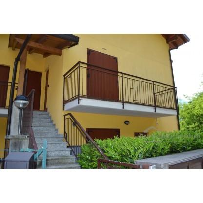 Appartamento e posto auto in Cortabbio di Primaluna (sub 12 e 22)