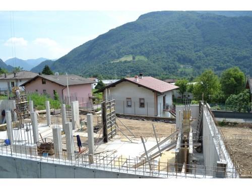 Villetta in Primaluna frazione Barcone (rif. 2/B)