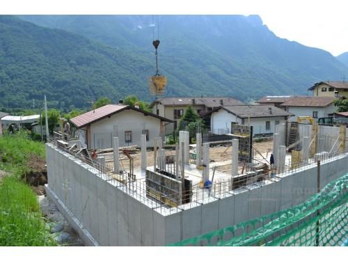 Appartamento e box singolo in Primaluna frazione Barcone