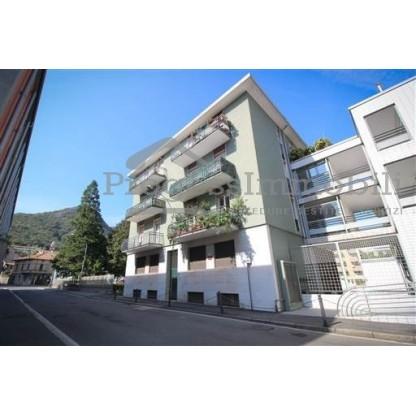 Ufficio con posto auto e ripostiglio in Como (Lotto 10.2)