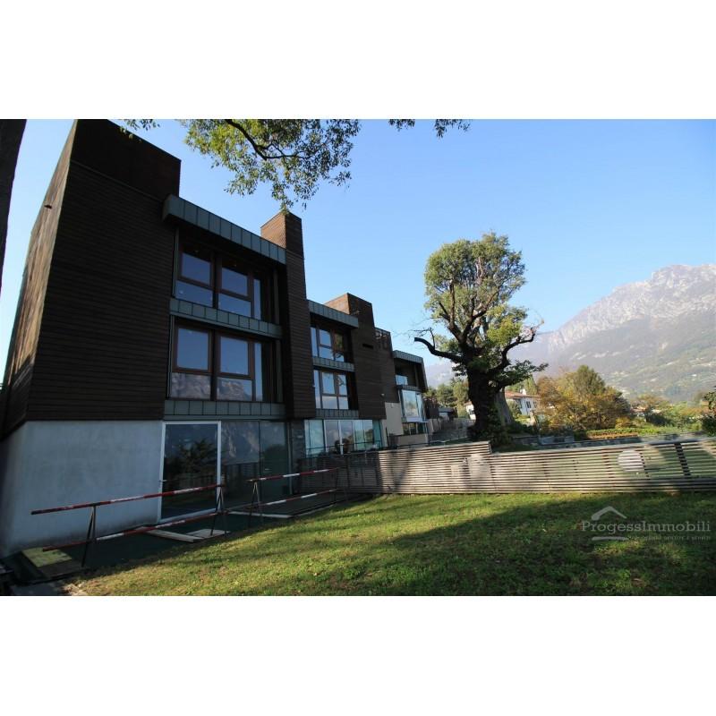 Villa 5 la casa sull 39 albero malgrate al rustico - Casa al rustico ...