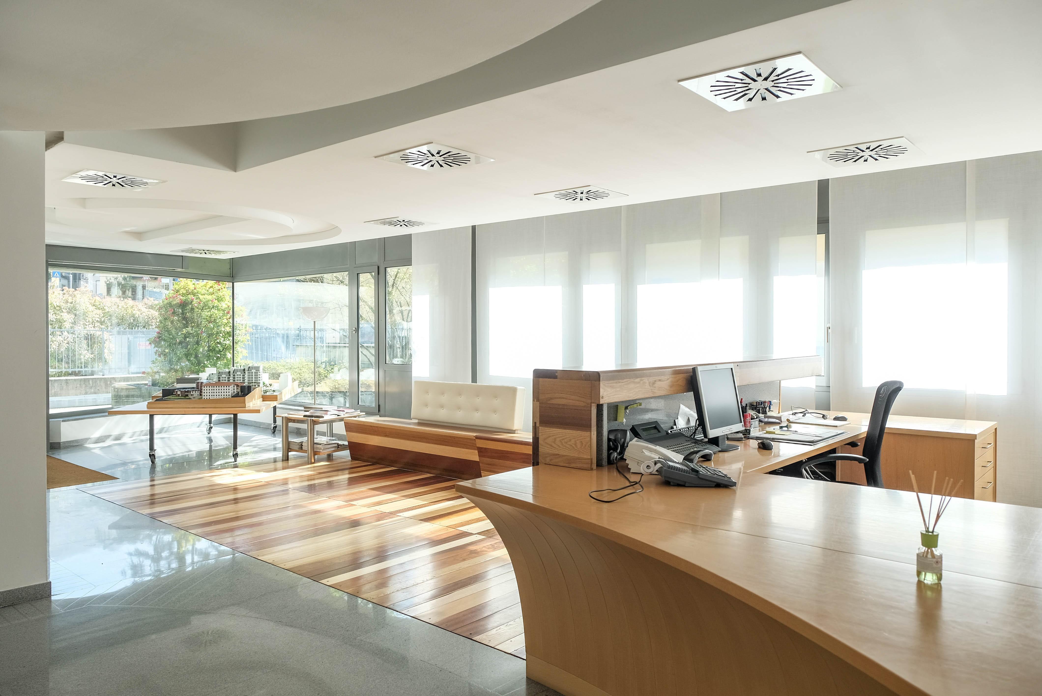 Uffici siti in Lecco