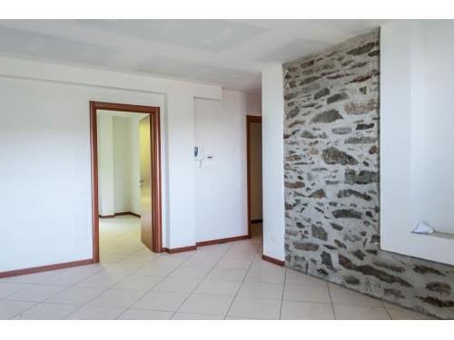 Appartamento in Vendrogno (Lotto 009 sub 717 )