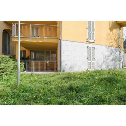 Negozio e Ufficio in Lecco  sub 813 e 814