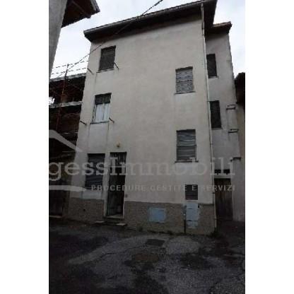 Appartamenti e deposito da ristrutturare in Annone di Brianza (LC) - Lotto 3