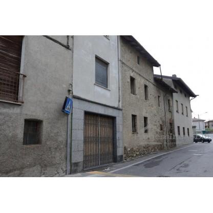 Negozio da ristrutturare in Annone di Brianza (LC) - Lotto 2